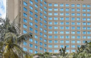 hotel shangri-la Surabaya
