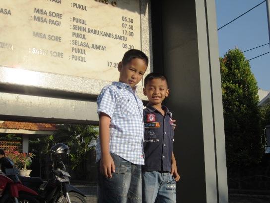 Mikael Surya dan Emanuel Darma